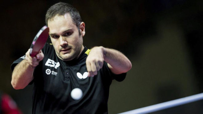 Jordi Morales, en plena acción durante un Mundial de tenis de mesa...