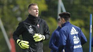 Rubén durante un entrenamiento con el Celta.