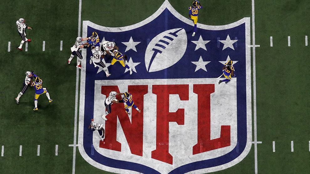 Logo de la NFL durante el Super Bowl LIII.
