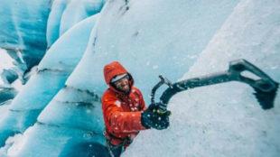 Hansjörg Auer, en plena escalada.