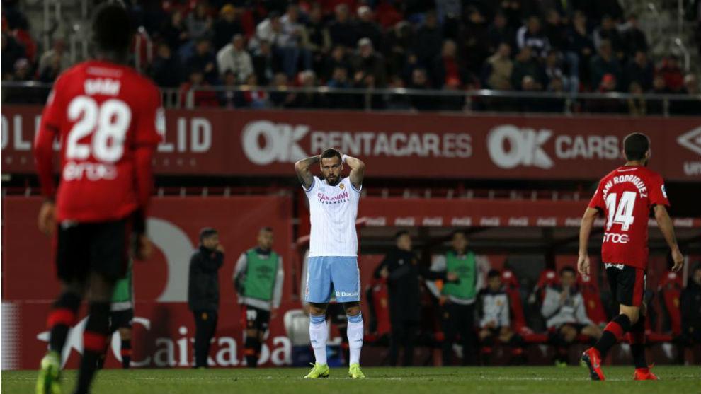 Álvaro se lamenta durante el partido ante el Mallorca.