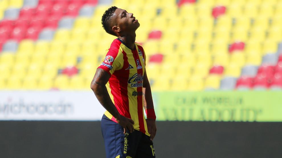Ray Sandoval sufrió una lesión en su partido frente al Puebla.