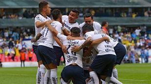 Pumas busca ganar en el Estadio Azteca.