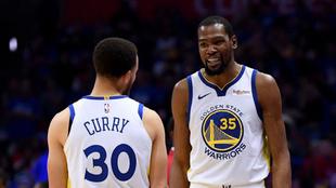Durant y Curry en el encuentro de esta madrugada