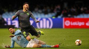 Theo es baja para el Camp Nou por unas molestias.