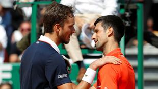 Gran muestra de rivalidad y respeto entre Medvedev y Djokovic