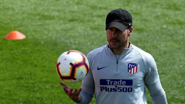 Diego Pablo Simeone durante un entrenamiento del Atlético.