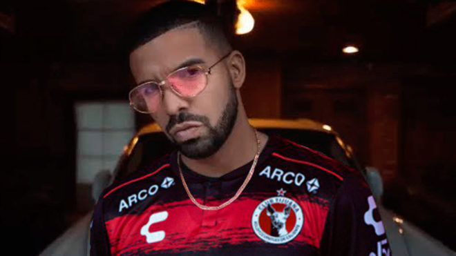 Drake lo volvió a hacer.