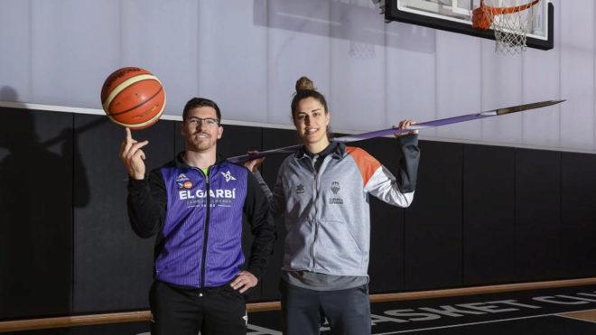 Héctor Cabrera e Irene Garí, primos, intercambian los papeles.