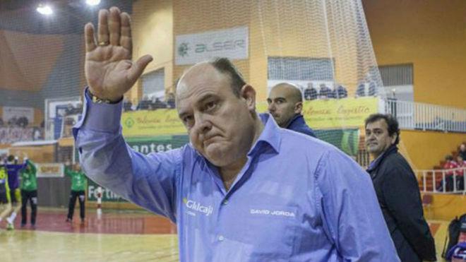 Zupo Equisoain durante su etapa como técnico del Ciudad Encantada /