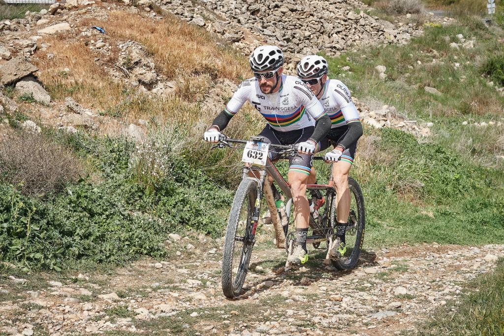 Ávila y Font en la Trotamons Bike Race de 2019.