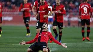 Aridai Cabrera celebra con rabia el primer gol del Mallorca en Son...