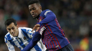 Semedo fights for the ball with Juanmi.