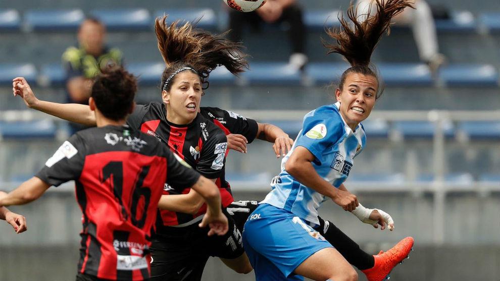 Lance del partido que midió a Málaga y Sporting de Huelva en los...