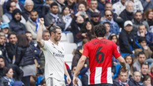 Bale's gesture to the crowd after being whistled against Athletic...