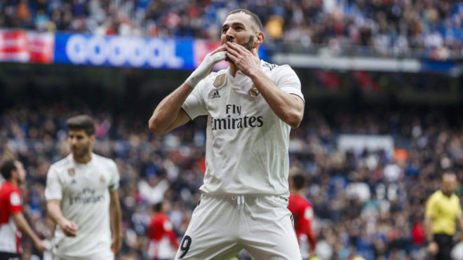 Benzema celebrating one of his goals against Athletic Club.