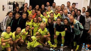 Las jugadoras del Barcelona celebran su victoria en Múnich en el...