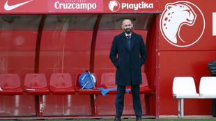 Monchi at one of Sevilla's training sessions.