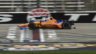 Alonso, durante la puesta de largo del McLaren Chevrolet 66.