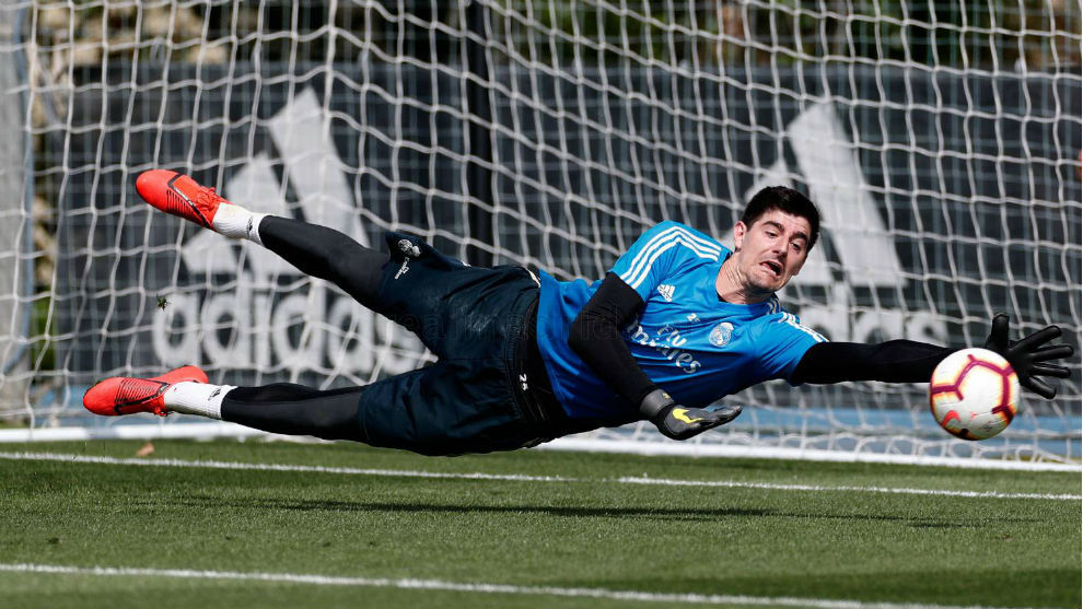 Courtois during Monday morning's training session at Valdebebas.