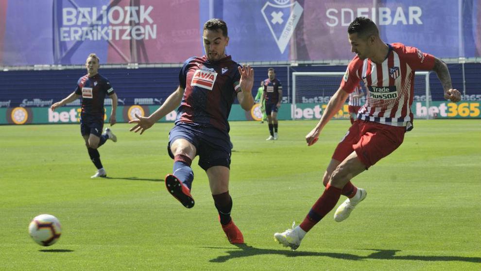 Vitolo durante el partido ante el Eibar.