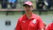 Luis Díaz, técnico de las Chivas femenil