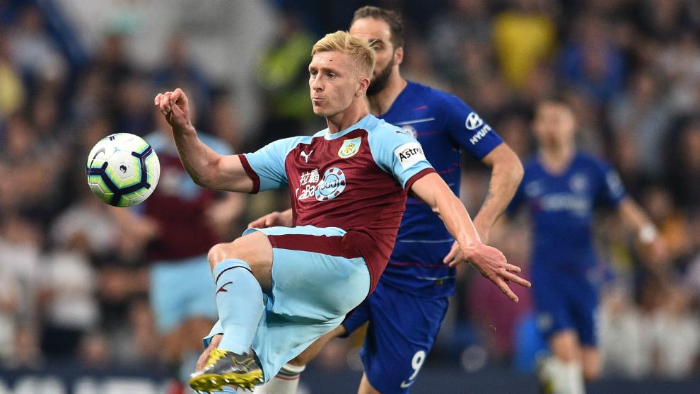 Un lance del partido entre Chelsea y Burnley