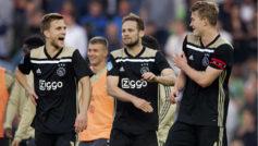 Los futbolistas del Ajax celebran un tanto esta temporada