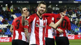 Iñigo celebra el gol de En-Nesyri