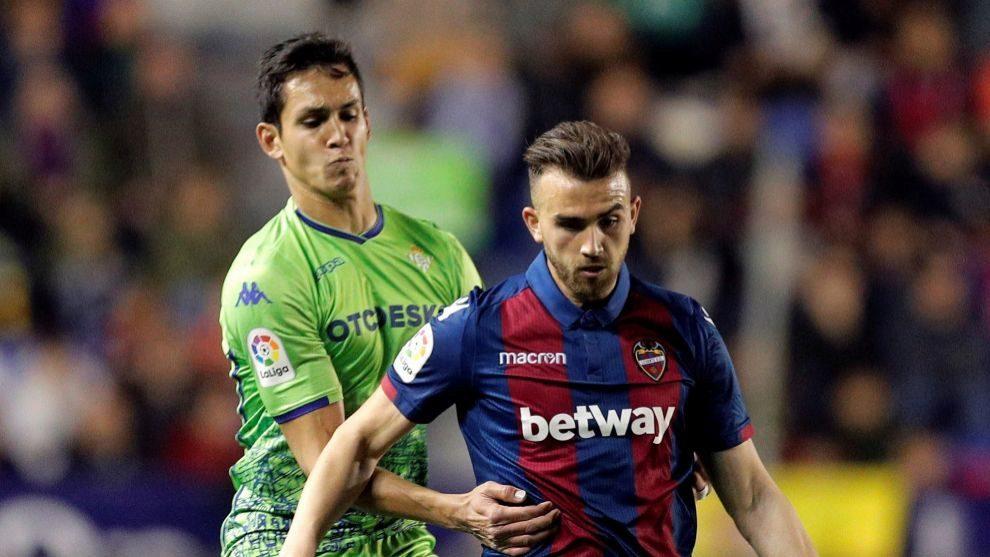 """Mandi: """"El partido que hemos hecho no es digno de este club ni de esta camiseta"""""""