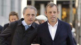 Pau Molins y Sandro Rosell.