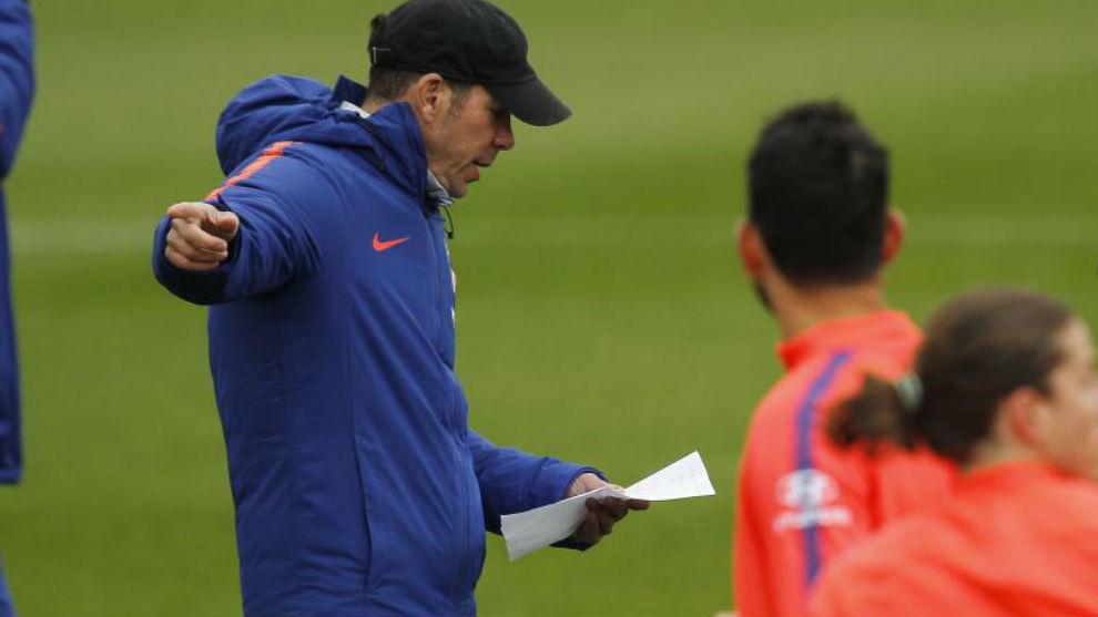 Atlético gana y el Valladolid reprocha el VAR — Liga Santander