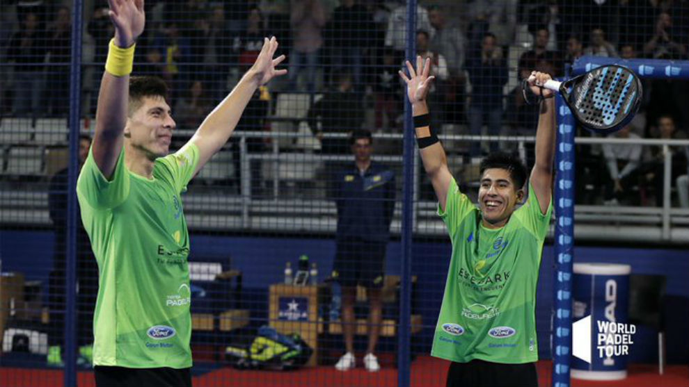 Federico Chingotto y Juan Tello celebran su victoria ante Sanyo...