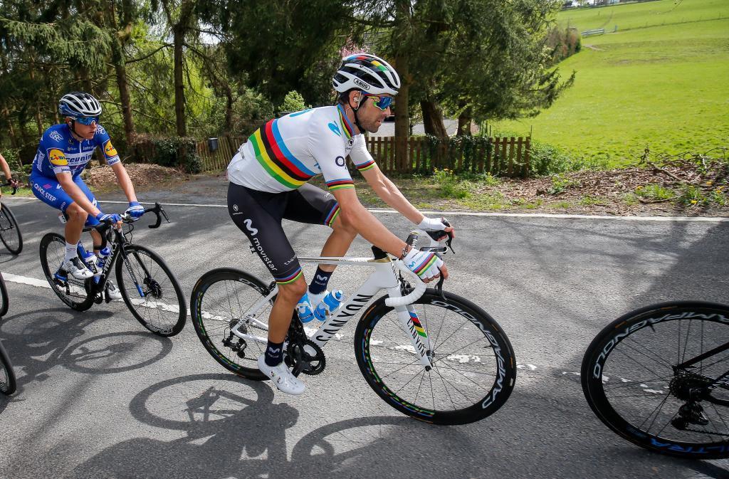 JW01. HUY (BÉLGICA), 24/04/2019.- El ciclista español <HIT>Alejandro</HIT><HIT>Valverde</HIT>, del equipo Movistar, en acción este miércoles durante la 83 edición de la carrera Flecha Valona, con un recorrido total de 195 km entre Arns y el Muro de Huy, en Bélgica. EFE/ Julien Warnand