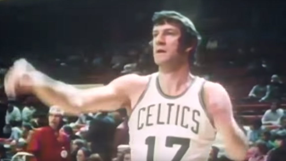 John Havlicek en acción con los Boston Celtics