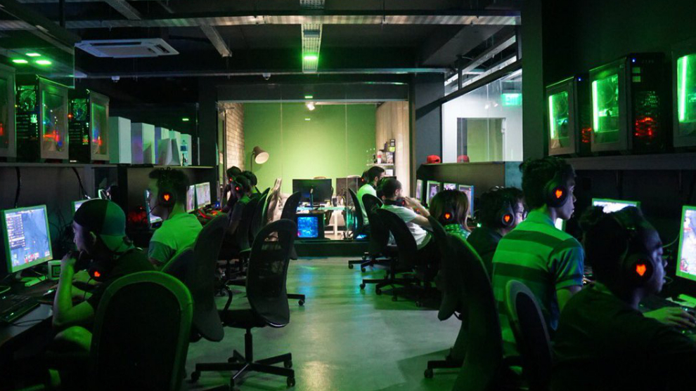 @1UP Gaming Center