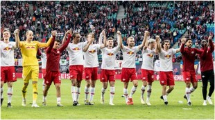 Los jugadores del Leipzig celebran el triunfo sobre el Friburgo.