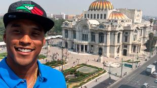 Los Chargers anunciaron sus selecciones desde la Ciudad de México.