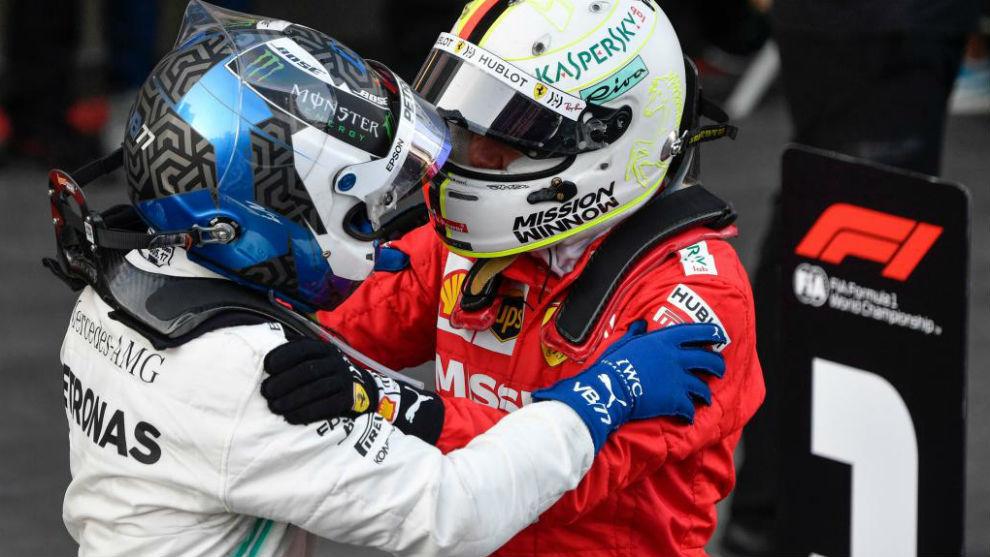Vettel felicita efusivamente a Bottas tras su victoria