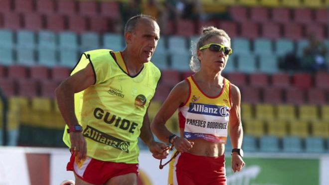Lorenzo Sánchez y Mari Carmen Paredes, durante una competición.