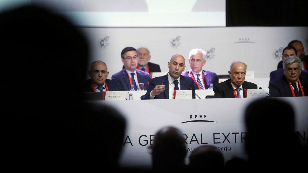 El presidente de la RFEF, Luis Rubiales, durante una Asamblea.
