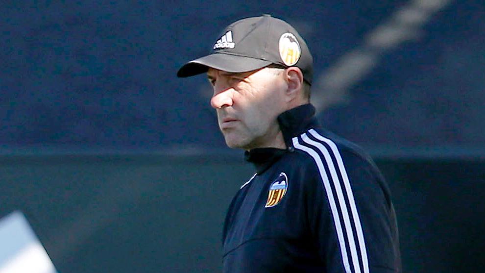 José Manuel Ochotorena, en una imagen de archivo con el Valencia.