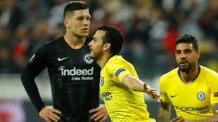 Pedro celebra el gol ante el Eintracht