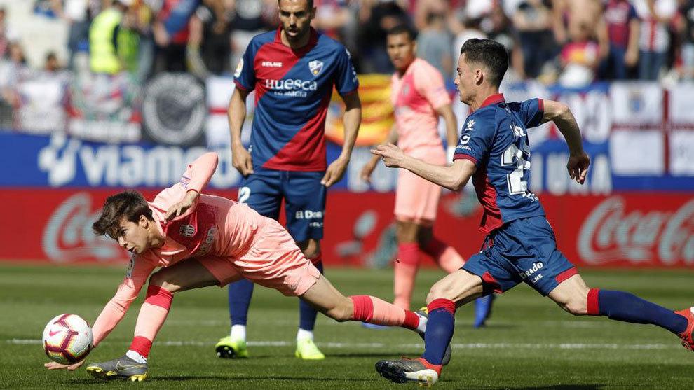 Riqui Puig against Huesca.