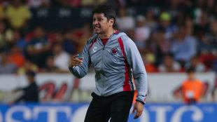 González China tomó la riendas del equipo en las últimas tres...