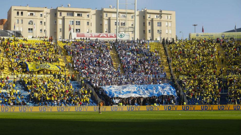 Aficiones en el estadio de Gran Canaria.