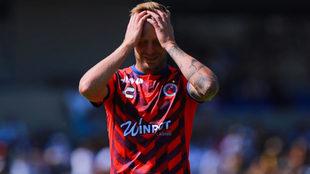 Polaco Menéndez se lamenta durante un partido del Clausura 2019.