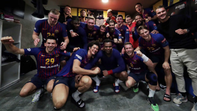 Los jugadores del Barça celebran el pase a la Final Four de la...