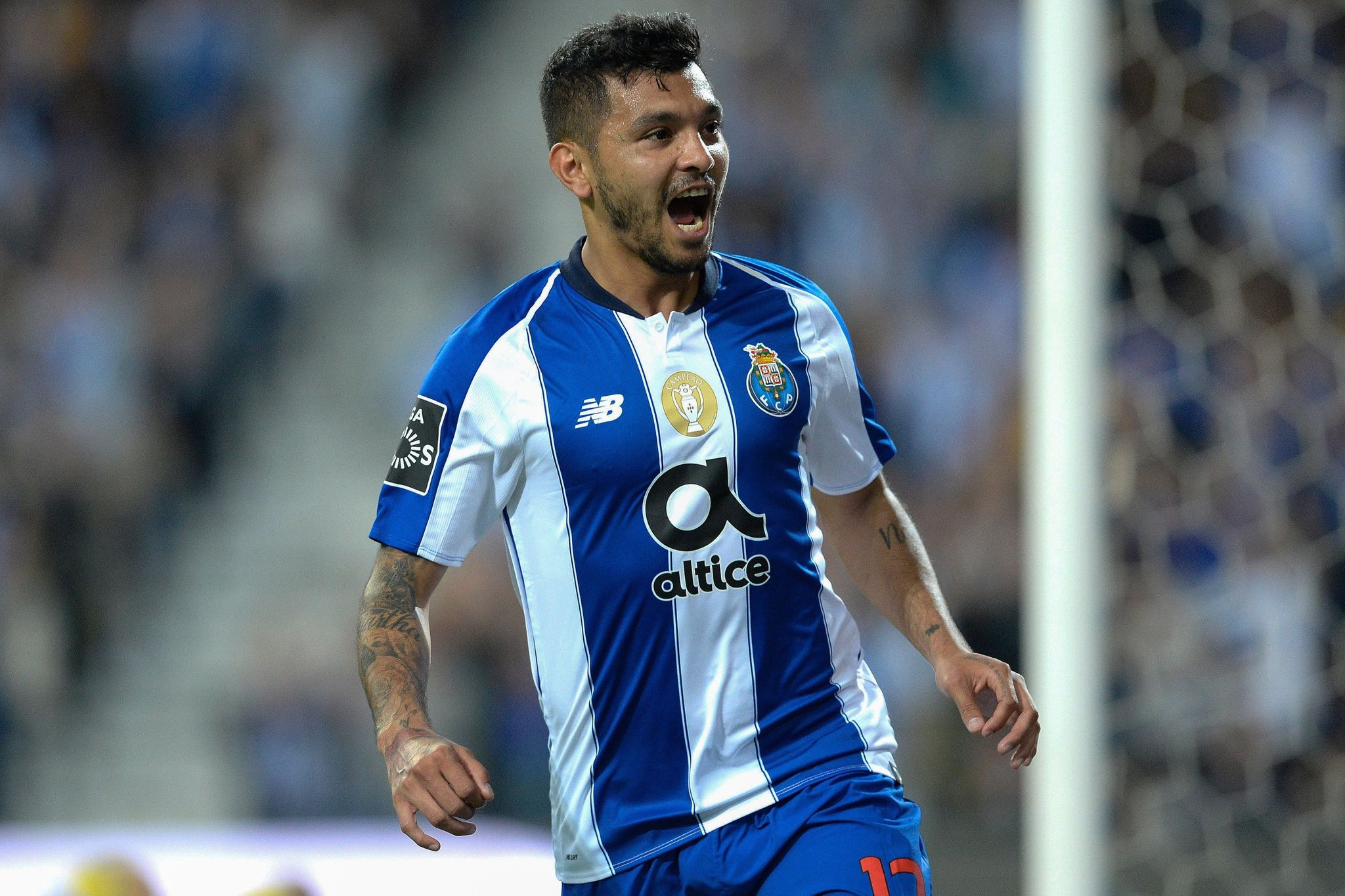 epa07547544 FC <HIT>Porto</HIT>s player Jesus Corona celebrates after scoring a goal against Desportivo das Aves during their Portuguese First League soccer match held at Dragao stadium in <HIT>Porto</HIT>, Portugal, 04 May 2019. EPA/FERNANDO VELUDO