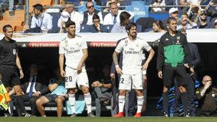 Asensio e Isco, en la banda del Bernabéu